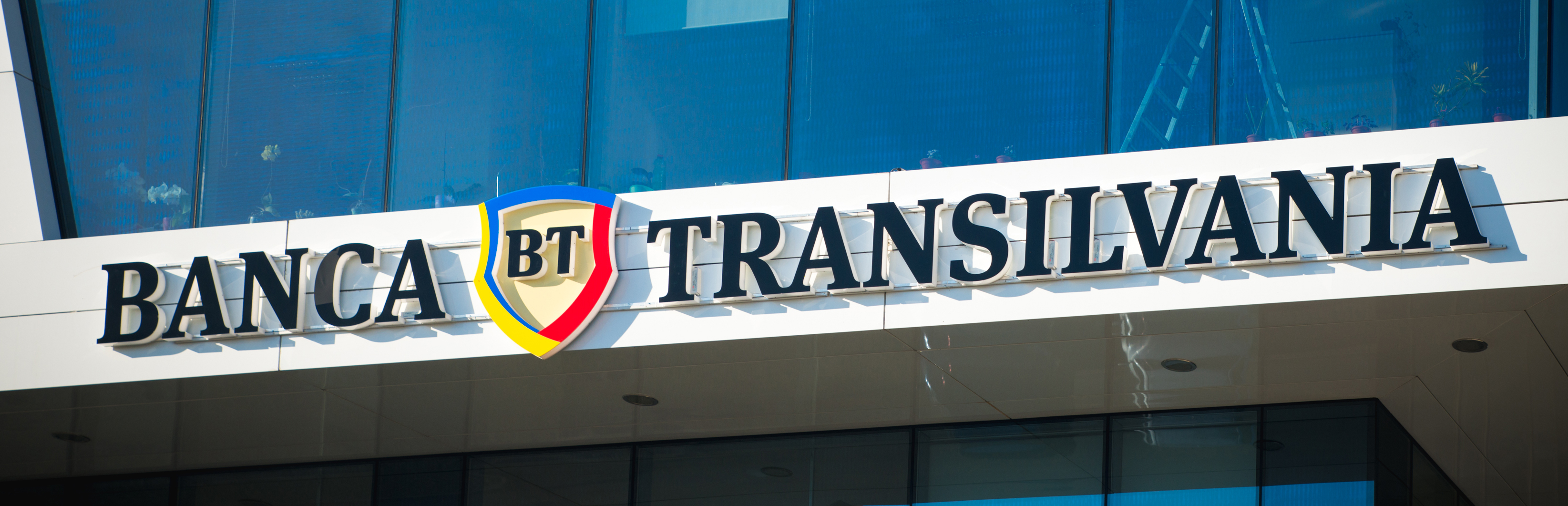 Bancpost integration with Banca Transilvania reached the final stage