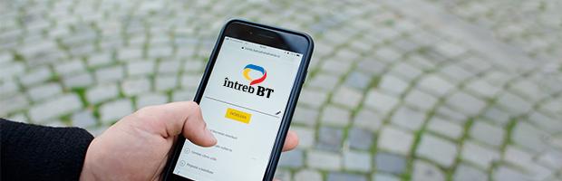 #InfograficBT: Aproape 3.500 de vizitatori/zi pe platforma online Intreb BT, in 2018