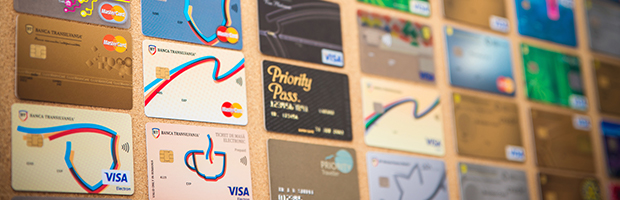 Peste 70.000 de clienti BT au primit cardurile acasa, gratuit, in perioada starii de urgenta